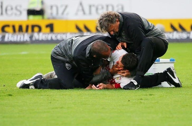 Кристиан Гентнер достаточно серьезно пострадал вматче против «Вольфсбурга»
