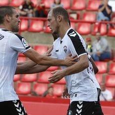 Федерация футбола Испании отменила желтую карточку для Зозули