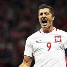 Левандовски - автор рекорда по количеству голов в отборочном турнире ЧМ в зоне УЕФА