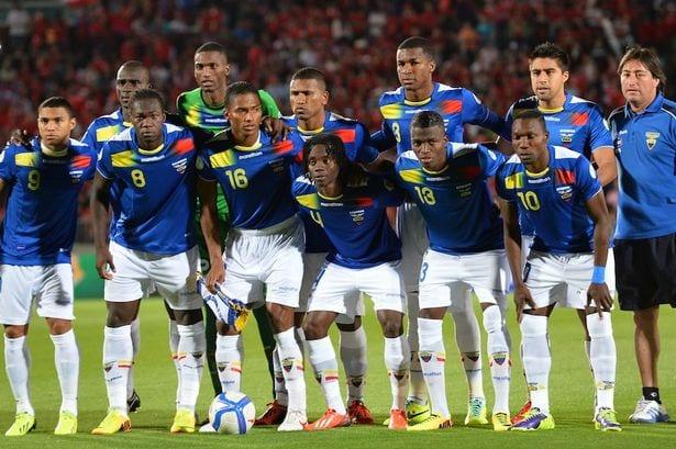 Федерация футбола Эквадора дисквалифицировала 5 игроков собственной сборной