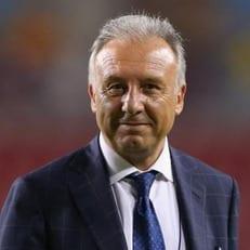 Дзаккерони стал главным тренером ОАЭ