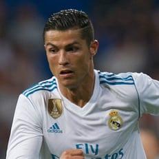 Роналду вышел на 3 место по количеству матчей в ЛЧ