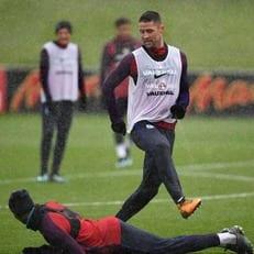 Кэйхилл пропустил тренировку сборной Англии