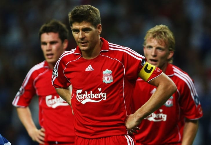 "Carlsberg на футболке ""Ливерпуля"", 2007 год"