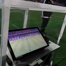 EFL решила использовать VAR в полуфиналах кубка лиги
