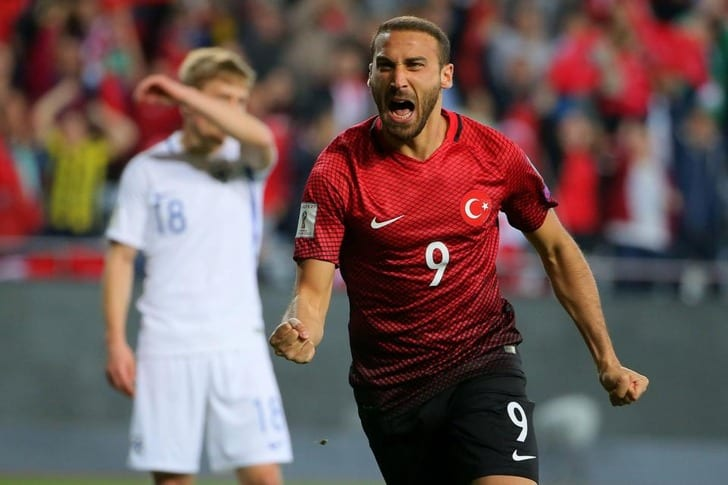 Эвертон заплатит зафорварда Бешикташа Тосуна рекордные 25млневро