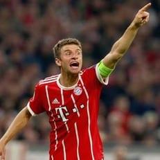 """Мюллер – пятый игрок в истории """"Баварии"""", забивший 100 голов в Бундеслиге"""