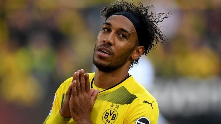 Озил согласился продлить договор с«Арсеналом»
