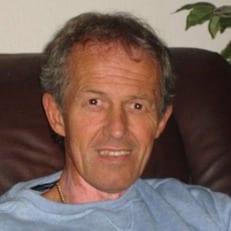 Английский тренер Беннелл получил 31 год тюрьмы за педофилию