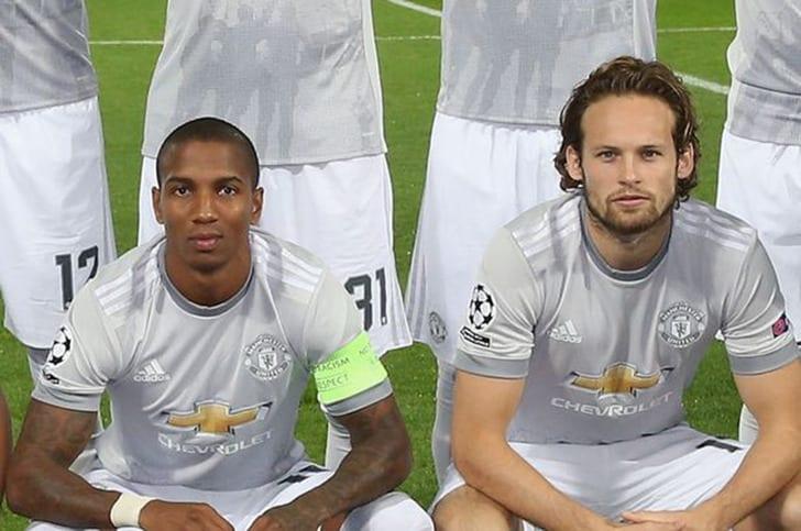 Янг иБлинд продлили договоры с«Манчестер Юнайтед»