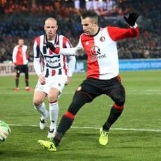 Ван Перси забил 300 голов в карьере