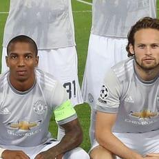 """Янг и Блинд продлили контракты с """"Манчестер Юнайтед"""""""