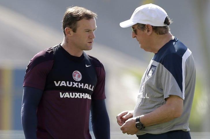 Руни и Ходжсон на тренировке сборной Англии / Фото: Getty Images