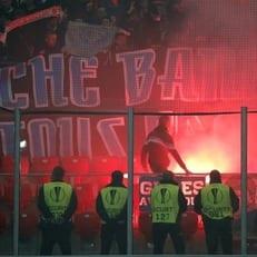 """Фанаты """"Марселя"""" ранили двух стюардов на стадионе """"Нуэво Сан Мамес"""""""