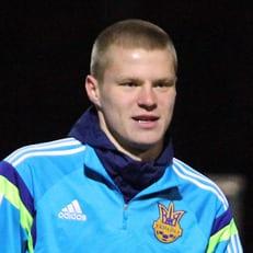 Никита Бурда тренируется в расположении сборной по индивидуальной программе