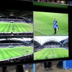 АПЛ протестирует систему видеоповторов VAR