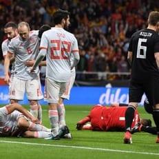 Испания уничтожила Аргентину