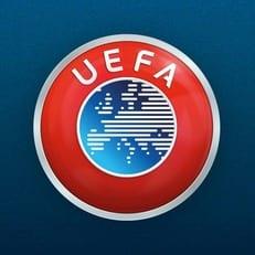 УЕФА вводит четвертую замену в матчах плей-офф еврокубков