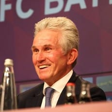 Хайнкес стал самым возрастным тренером, выигравшим Бундеслигу