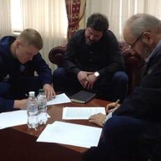 """Официально: Бурда продлил контракт с """"Динамо"""""""