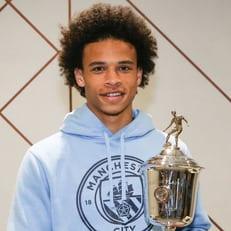 Сане — лучший молодой игрок Англии в сезоне 2017/18