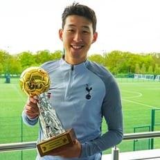 Сон Хын Мин получил награду лучшему игроку Азии