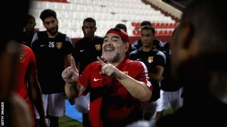 Диего Марадона исполнил мечту молодого поклонника синвалидностью