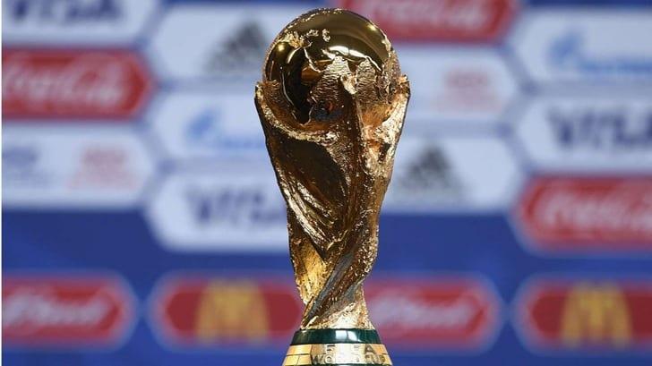 Главный трофей турнира / Фото: Getty Images