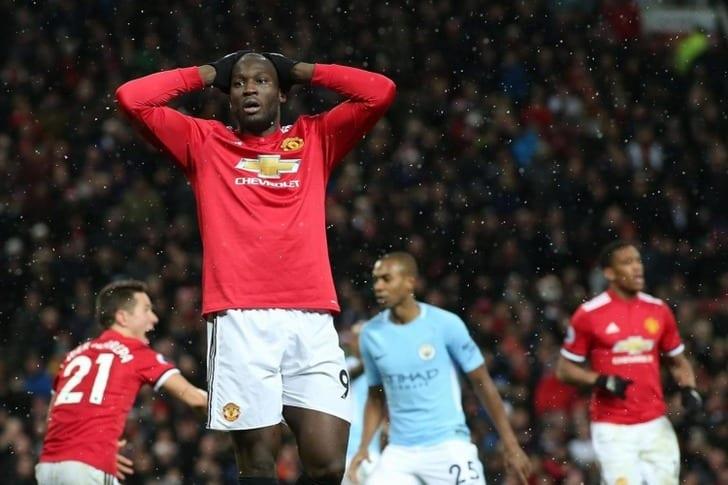 Манчестер Юнайтед официально представил третий комплект формы насезон 2018/19