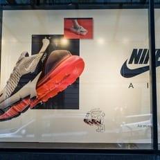 Секс-скандал в Nike привел к падению акций компании