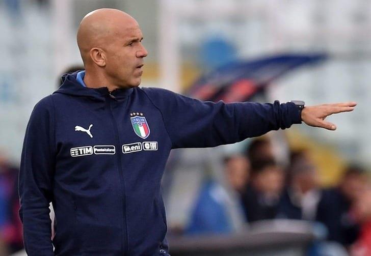 Манчини официально возглавил сборную Италии