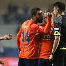 """Истанбул Башакшехир"" оштрафовал Арда Турана на 250 тысяч евро"
