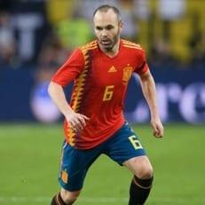 Андрес Иньеста провел последний матч в Испании