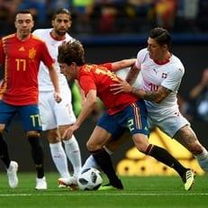 Сборная Испании забивает 19 матчей кряду