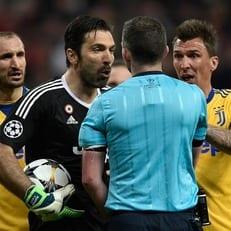 Буффон получил 3-матчевую дисквалификацию от УЕФА