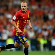 Иньеста вышел на четвертое место по количеству матчей за сборную Испании