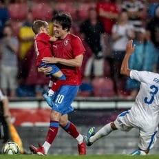 Томаш Росицки провел прощальный матч