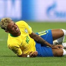 Неймар заработал 10 фолов в матче против Швейцарии