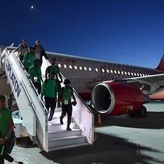 Двигатель самолета сборной Саудовской Аравии загорелся во время полета