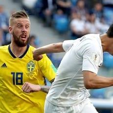 Три игрока сборной Швеции не сыграют с Германией из-за отравления