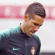 Моутинью вернулся к тренировочному процессу со сборной Португалии