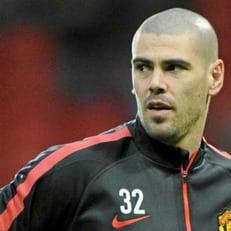 Виктор Вальдес будет тренировать в футбольной школе