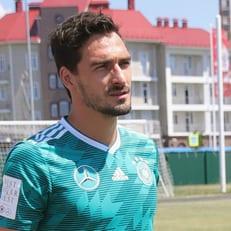 Хуммельс вернулся к тренировкам сборной Германии