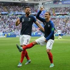 На протяжении 19 матчей Франция не знает поражений, когда забивает Гризманн
