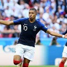 ЧМ-2018. Франция стала первым четвертьфиналистом турнира
