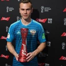 После матча Испания - Россия Игоря Акинфеева забрали на допинг-контроль