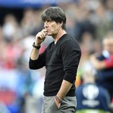 Лев останется у руля сборной Германии до 2022 года