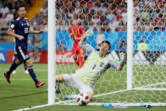 Вратарь сборной Японии Эйдзи Кавасима не спас свою команду от гола