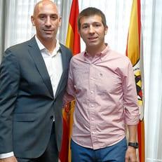 Селадес покинул молодежную сборную Испании