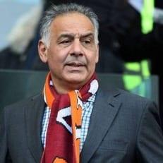 Джеймс Паллотта получил от УЕФА трехмесячный запрет